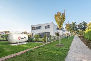 Osiedle domów jednorodzinnych zasilanych z instalacji zbiornikowej na gaz płynnym